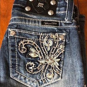 Miss Me Capri Jeans/ size 14